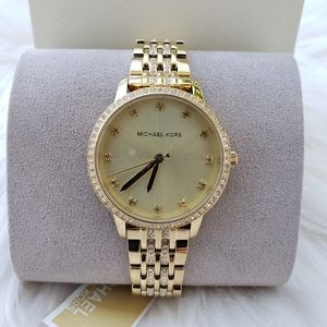 ❤🎀⌚michael kors Original Brand New With Tag and
